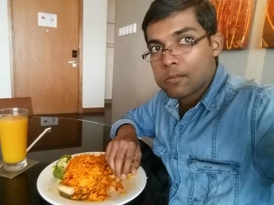 Fraser Suites Seef Bahrain: lunch,,,chicken buriyani
