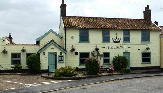 The Crown Great Ellingham nr171le: Beautifully refurbished