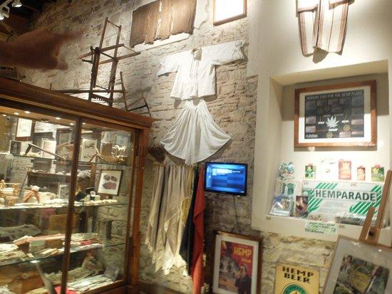 Hash Marihuana & Hemp Museum: cloth made from hemp