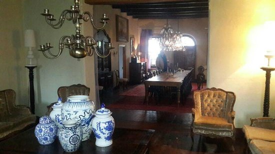Hawksmoor House at Matjieskuil Farm : View of dining table from adjoining room