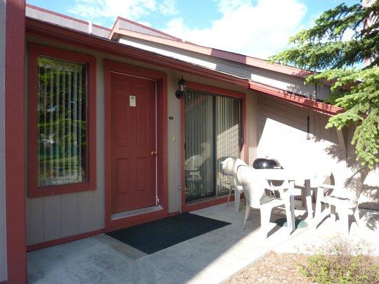 Crestwood Resort: Front Door to our Condo