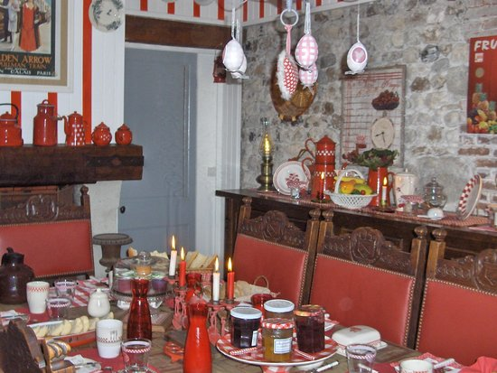 Réglisse et Pain d'Epices: dining room