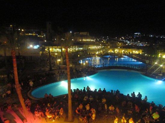 WOW Bodrum Resort : A night event, main pool, main bldg