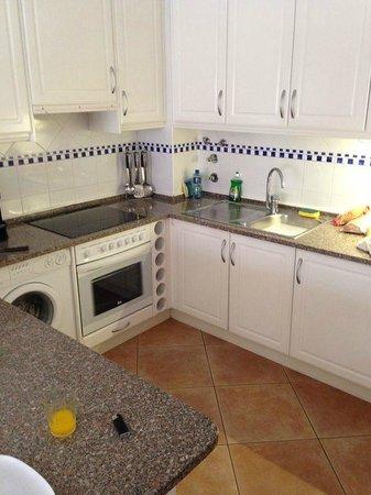 Quinta Pedra dos Bicos: Kitchen