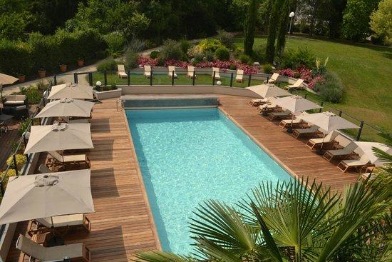 Residence La Reserve : Piscine