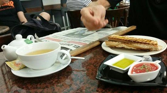 Cafe Irubi : presentación de primera