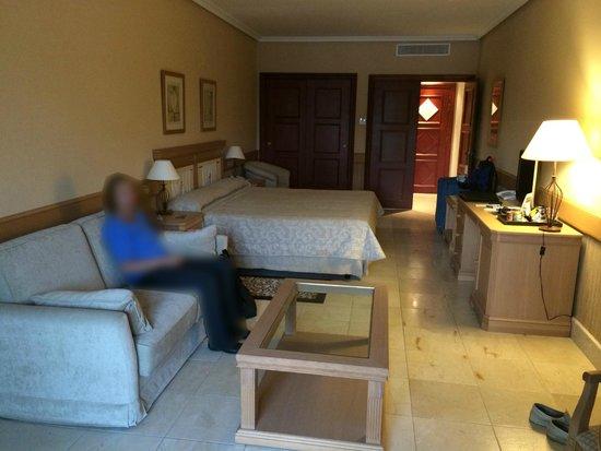 Hotel SH Villa Gadea: Store flotte rom.