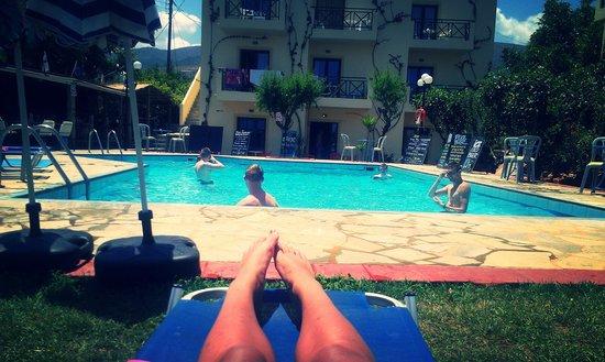 Hotel Eltina: Pool