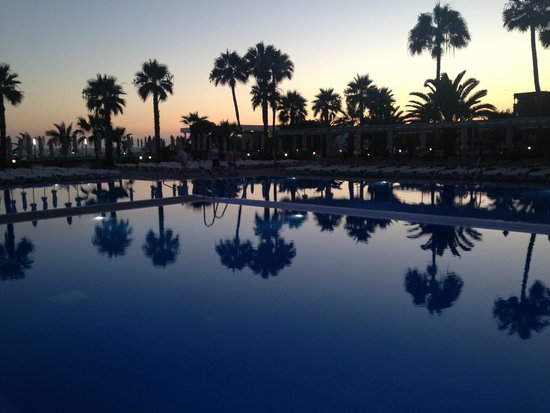 ClubHotel Riu Gran Canaria: One of the great pools