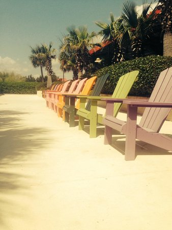 Charleston Harbor Resort & Marina : outdoor area to relax and take in the sun
