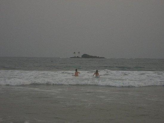 بوسوا بيتش ريزورت: Busua Island