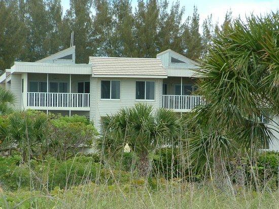 Shell Island Beach Club: Back of building # 1