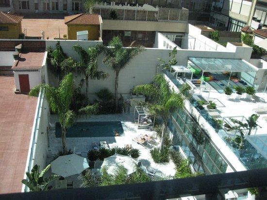 Hotel Indigo Barcelona - Plaza Catalunya: ホテル内プール