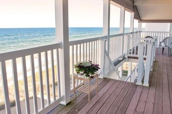 Shoreline Oceanfront Rooms and Suites: Suite View!