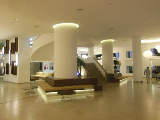 ClubHotel Riu Gran Canaria: Awesome Lobby