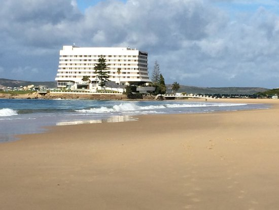 Beacon Island Resort: A view from the beach.
