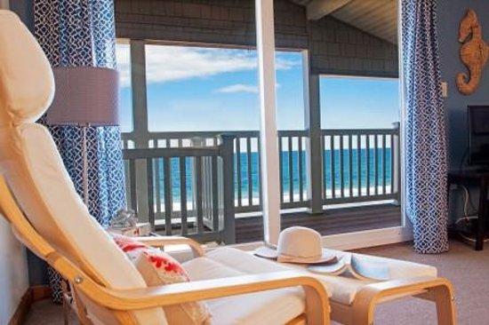 Shoreline Oceanfront Rooms and Suites: Suite View!