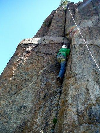Rocky Mountain Outdoor Center: Using the Crack...