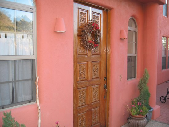 The Penrose B&B: Entry