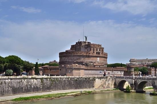 Castillo de Sant'Angelo: Castel sant angelo.
