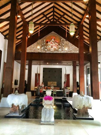 Renaissance Koh Samui Resort & Spa: Open air lobby/reception