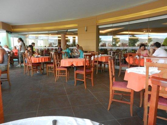 Chrispy World: restaurant