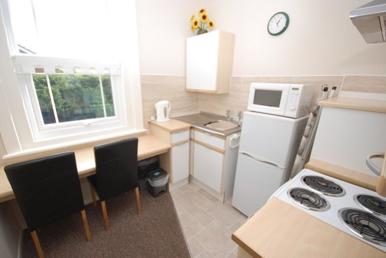 Parterre Holiday Apartments: Kitchen/Diner - Apt 4