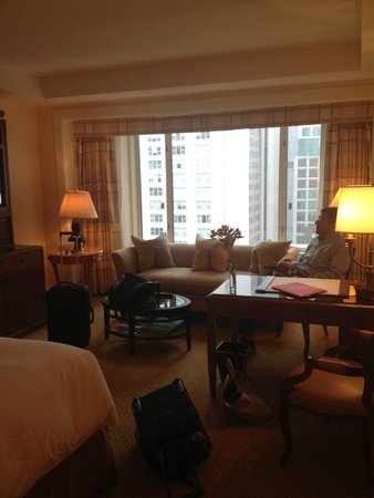 The Peninsula Chicago: Plenty of sitting area. Well appointed desk supplies