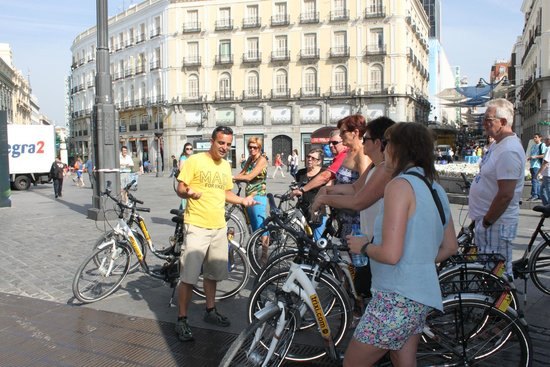 BajaBikes Madrid: Gids geeft veel uitleg over de geschiedenis van de stad
