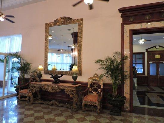 Hotel Riu Palace Paradise Island : LOBBY