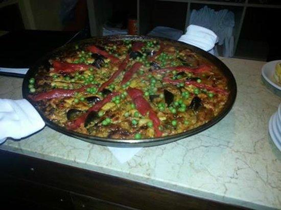 Jamon Iberico Pata Negra Restaurant: Very good Seafood Paella for Miami