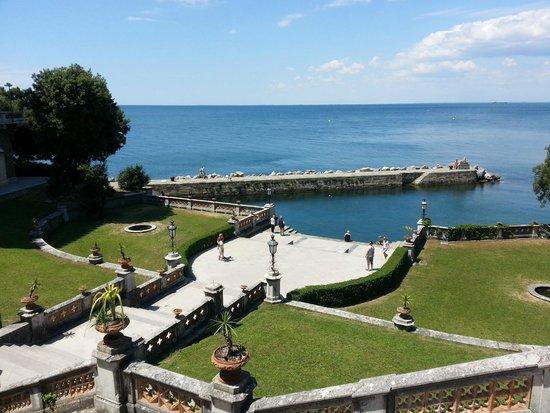 Castello di Miramare - Museo Storico: giardino mira mare