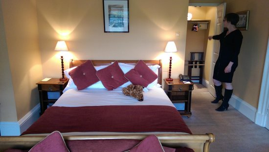 Swinton Park Country Club and Spa: Very comfy bed
