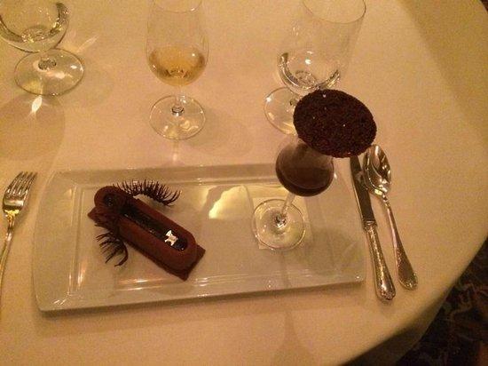 Remy: Divine Chocolate dessert!