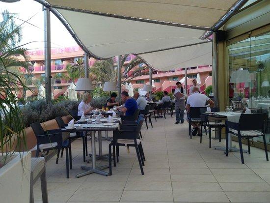 Hotel Sir Anthony: Breakfast in Windsor restaurant