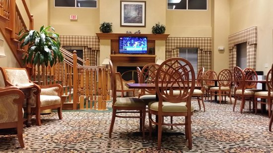Homewood Suites Tallahassee : Main dining area