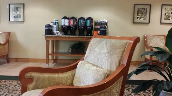 Homewood Suites Tallahassee: 24-hour coffee bar