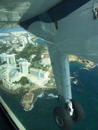 Playa Flamenco: Flying out of San Juan for 30 min.ride to Culebra.