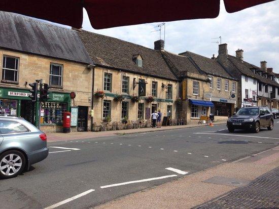 Golden Pheasant : The pub