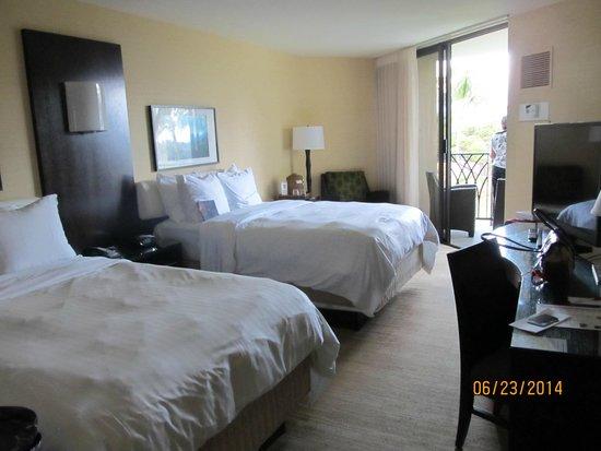 Waikoloa Beach Marriott Resort & Spa: Two bed room