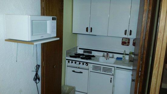 Peak To Peak Lodge : Mini Kitchen