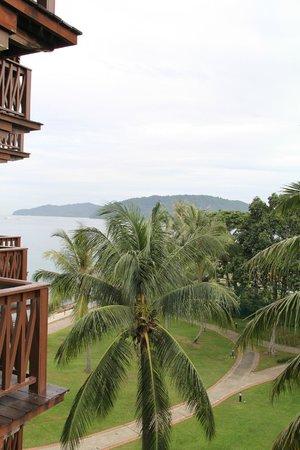 Sutera Harbour Resort (The Pacific Sutera & The Magellan Sutera) : Вид из номера 4 этаж