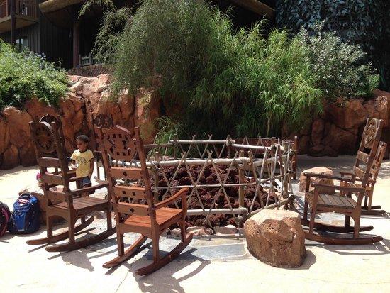 Disney's Animal Kingdom Lodge: Fire Pit out back near Arusha Savanna