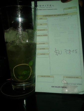 Sofitel Montevideo Casino Carrasco & Spa: Sorpresa en trago y factura (551 pesos por dos tragos cada una)
