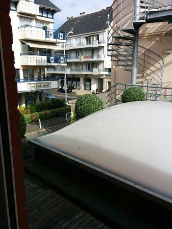 Hotel des Dunes: Вид из номера)