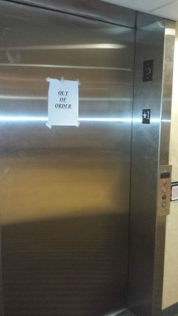 Studio 6 El Paso: out of order elevator for 7 days in a row!