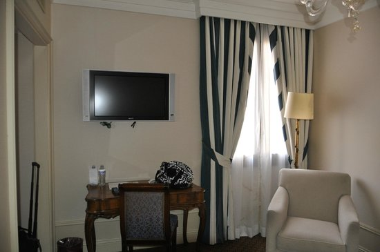 The Westin Europa & Regina, Venice: good size single room