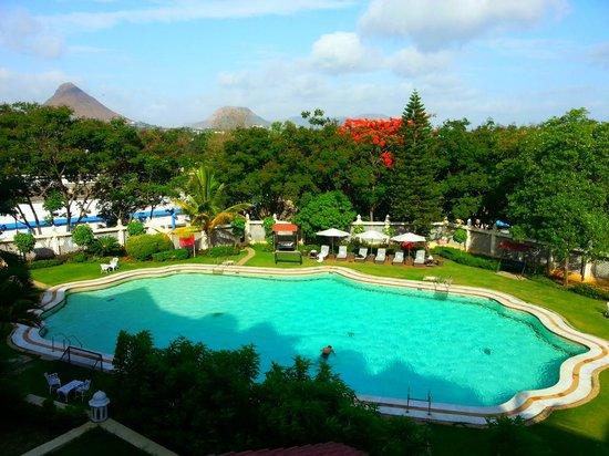The Gateway Hotel Ambad Nashik: Pool