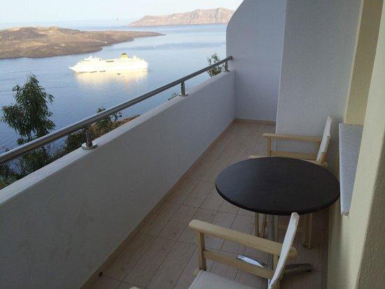 Tzekos Villas: View from the jacuzzi suite