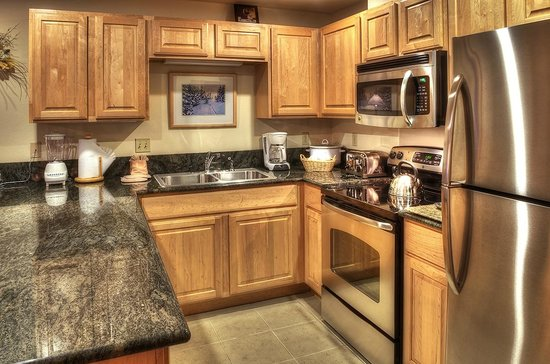 Grand Timber Lodge: Full Kitchen
